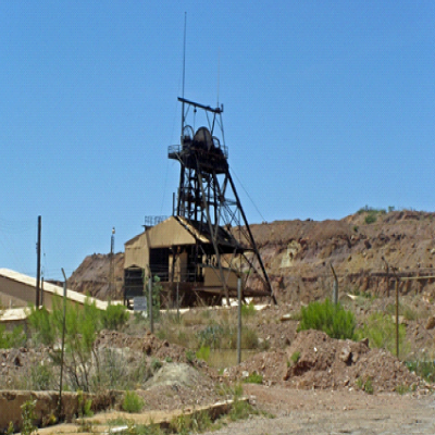 Junction Shaft is located along southeast rim of Lavender Pit.