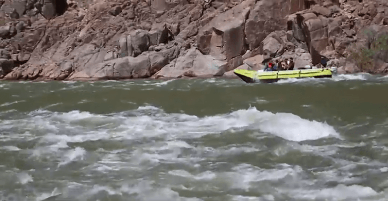 Canyon-Rafting
